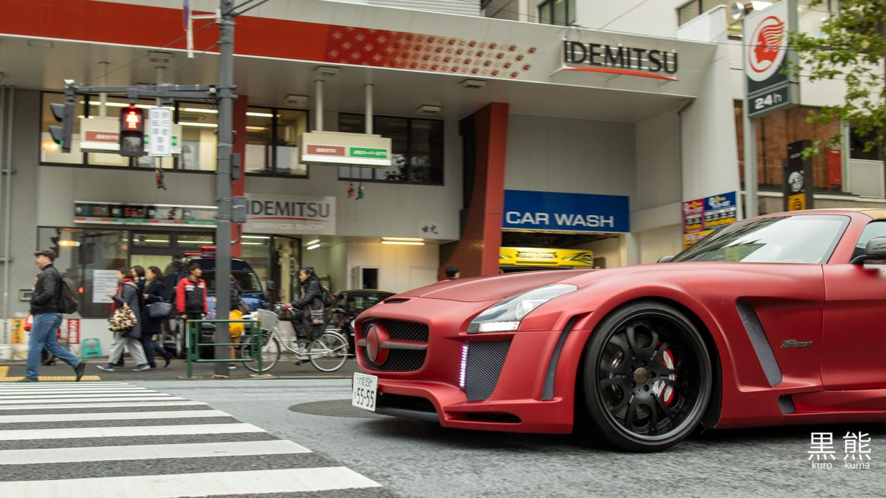MB SLS AMG across the street from Tokyo-Midtown